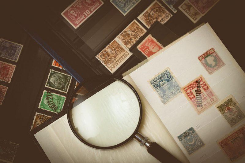 Btw op postzegels